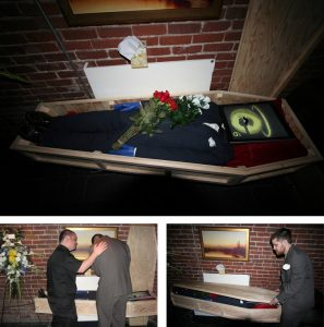 IE6 Funeral by Aten Design Group